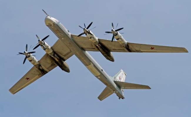 材料图:俄罗斯TU-95轰炸机