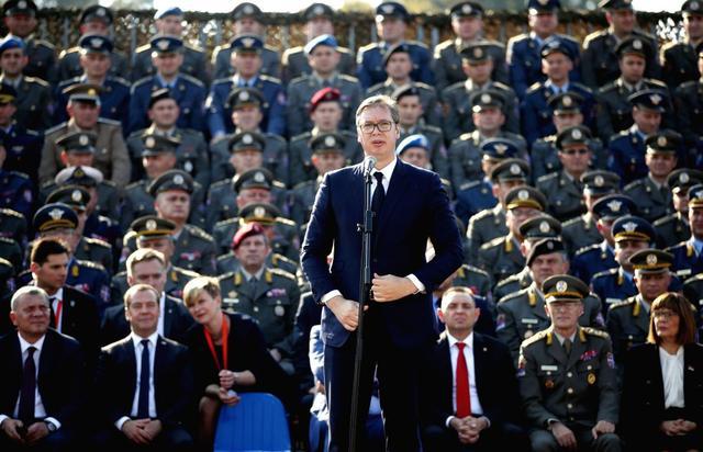 """翼龙没到货也要秀,塞尔维亚军力大展示,""""小飞豹""""编队是看点"""