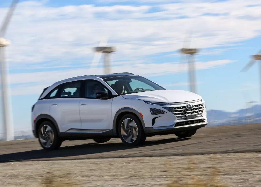 锦程说车 | 进博会上这辆现代NEXO氢燃料电池车,我刚刚在韩国试驾了