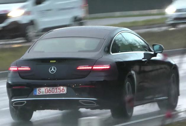 新款奔驰E级Coupe谍照曝光 外观细节调整