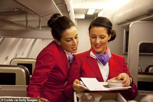 维珍航空的空姐们将不再需要硬性化妆