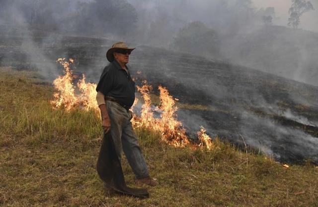 宛如人间地狱!澳大利亚山火已致4人死亡