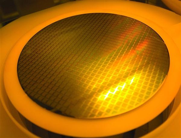 长江存储64层3D闪存月产能有望达到6万片