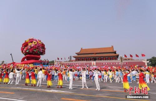 海外各界同庆新中国成立70周年
