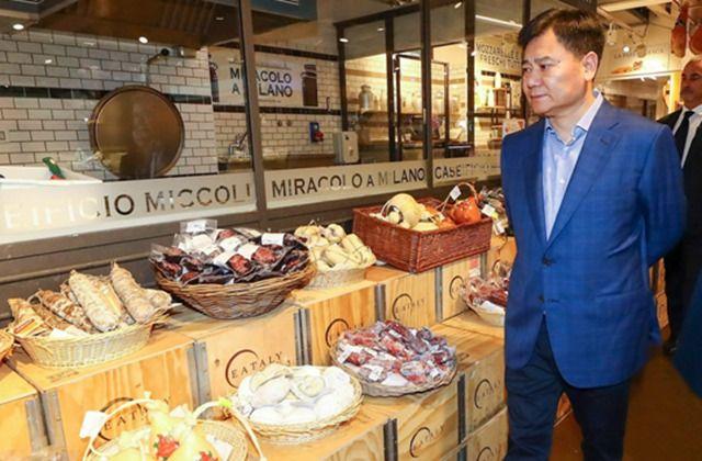张近东现身意大利高端食品创意概念超市Eataly   苏宁或有新动作
