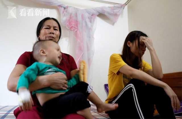 「香港实彩」银泰陈晓东:去的时候带头盔,挤破头不保险|双11头条联播