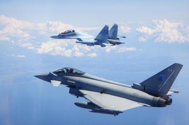 一周紧急起飞21次,俄罗斯空军不辱使命,严阵以待对北约军机说不