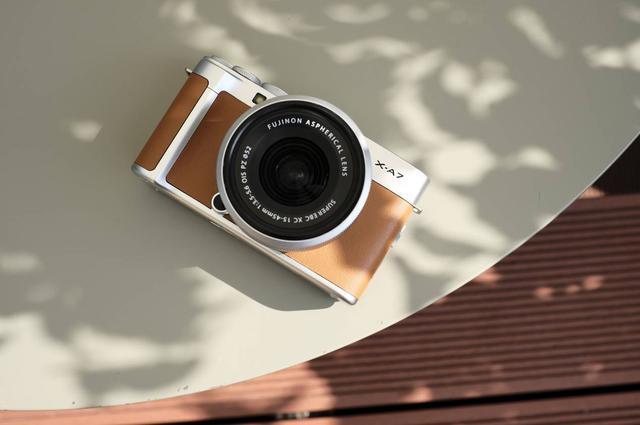 智能无反新标杆 富士X-A7诠释相机新时尚