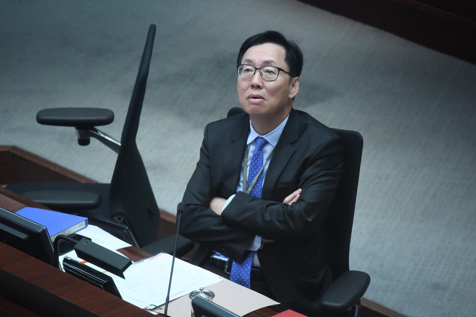 反对派阻立法会开会 陈健波斥:香港要被你们害惨