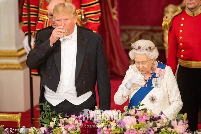 """女王这位""""90后""""的日常生活,也很90后哎"""
