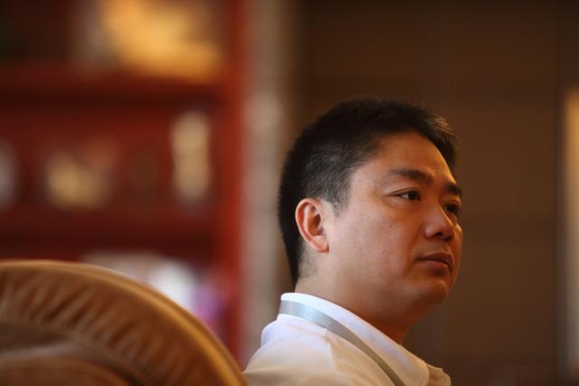 章泽天留学刚上热搜,刘强东明州案听证会又举行,最新消息来了