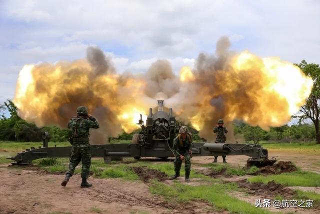 军事百科 一发就雷霆万钧,榴弹炮和加农炮有什么区别?