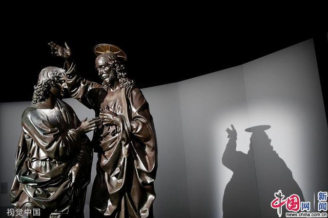 法国卢浮宫举办达·芬奇逝世500周年纪念画展