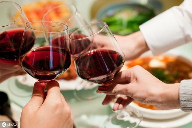 怎么治疗酒精性肝病?最新研究发现靶向肠道细菌效果好