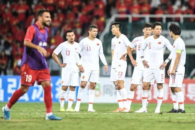 上周体坛大事:国足输球里皮离任,CBA京城两队继续好状态
