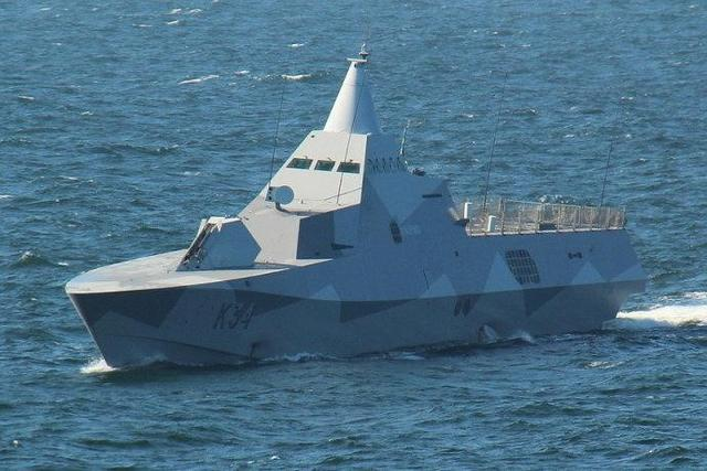 比055万吨舰还科幻?大小不足1000吨却十分彪悍,此前一直被忽略