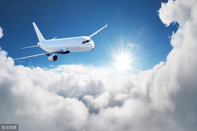 """中国航协回应""""天价国际机票"""":坚决反对侵害消费者权益行为图片"""