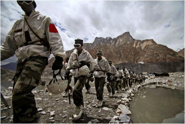 西班牙内乱不止,印巴又爆发激战,印表示不让一滴水流入巴基斯坦