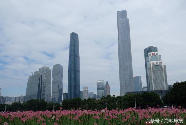 州天河cbd_两岸记者参访广州天河cbd:300米以上摩天大楼这里最多