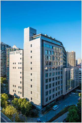 上海行政中心新大楼外观