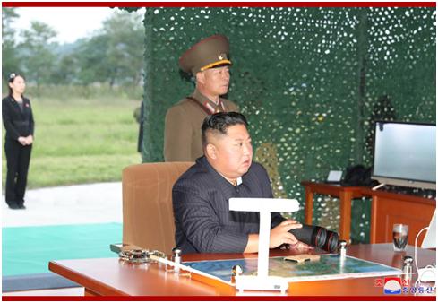 朝中社:金正恩10日再次指导超大型火箭炮试射(图)