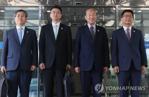 图注:韩朝红十字会会谈韩方代表团
