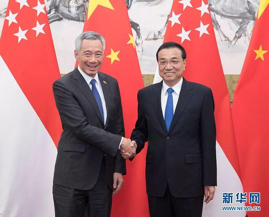 ▲4月8日,国务院总理李克强在北京钓鱼台国宾馆同来华进行工作访问的新加坡总理李显龙举行会谈。
