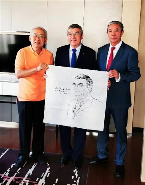 中国人物画大家李延声教授为国际奥委会主席巴赫先生造像