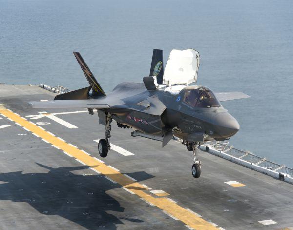 材料图片:好水师陆战队配备的F-35B短垂隐身战机。(好国水师民网)