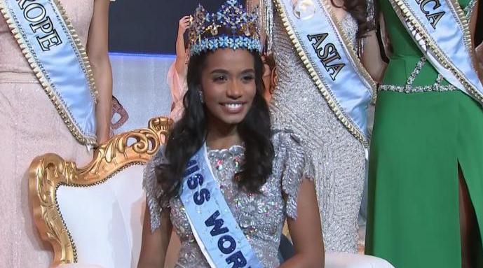 又一黑人女性:牙买加佳丽夺世界小姐