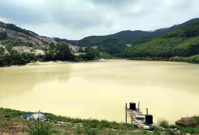 环保督察组:福建漳浦非法采矿猖獗  盆栽式复绿造假