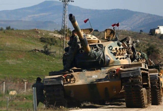 土耳其向美俄同时翻脸,数万大军对叙利亚杀回马枪,俄:敢打试试