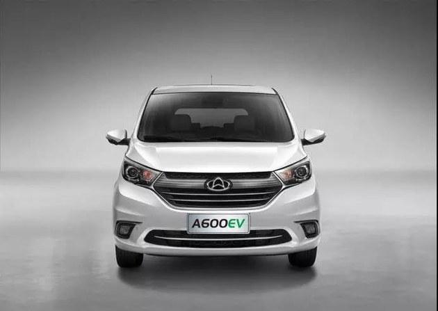 长安欧尚A600 EV上市 补贴前售14.98万