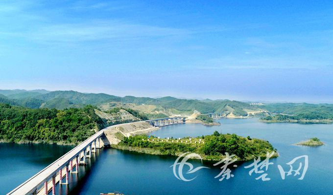 丹江口市环库公路江南段二期年底全线贯通 全长22公里