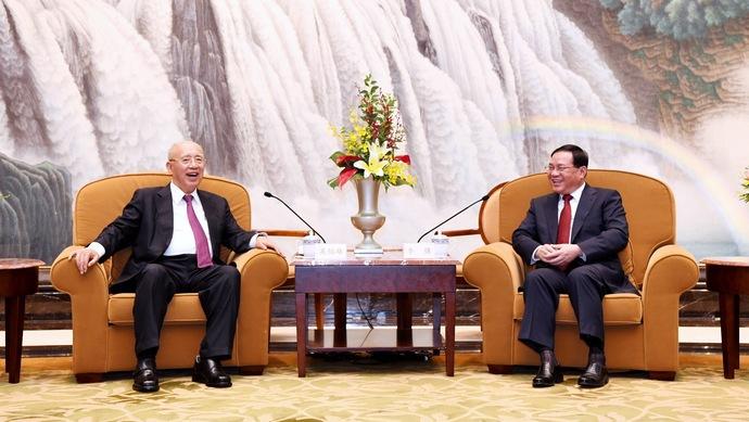 上海市委书记李强会见国民党荣誉主席吴伯雄