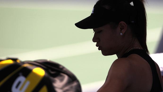 青奥会网球女单冠军与经济公司纠纷案宣判,监护人签订的协议运动员成年后还有效吗
