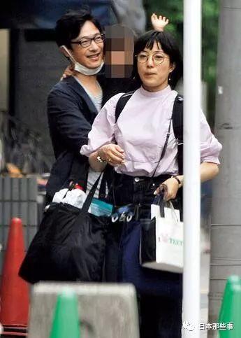 此前批准采访时菅野美穗就外示期待能生2~3个幼孩。没想到现在梦想成真啦!