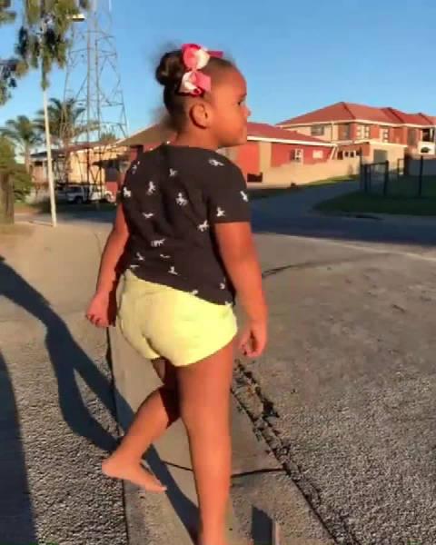 天赋异禀的南非小女孩