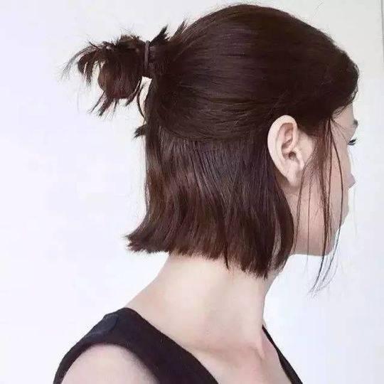 半长不短的头发怎么扎发型好看图片