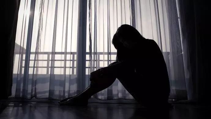 """刘强东性侵案女生为何实名起诉?那些骂她""""妓女""""的人该道歉了吧!"""