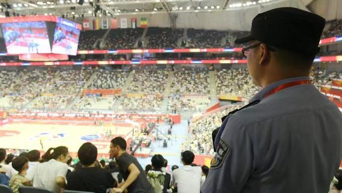 """推荐:一个普通球迷近观男篮世界杯上海赛区比赛的""""幸福感"""":""""想不到""""的细节背后发生了啥"""