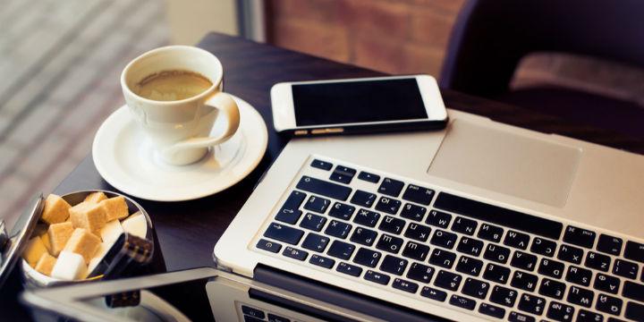 实地探访中国移动首家5G咖啡厅:拿铁最低一杯9.9元