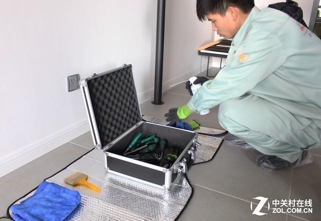 家用中央空调清洁需由专业人员进行操作