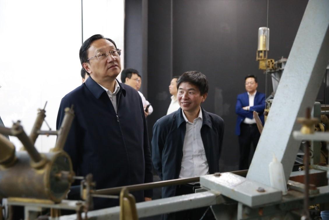 江苏省副省长缪瑞林到省地震局调研防震减灾工作