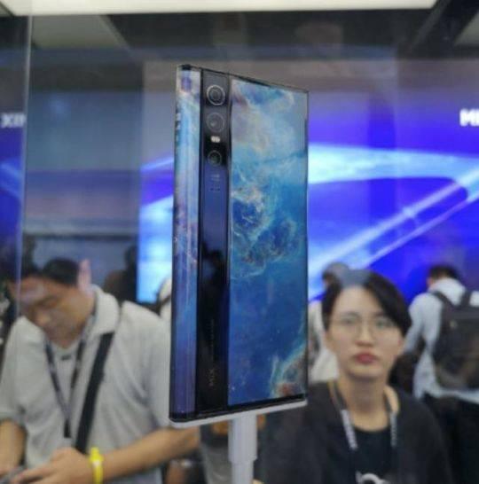 一克商评 | 国产手机厂商的硬件技术创新已经走在了世界前列