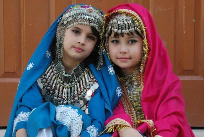 哈扎拉少女