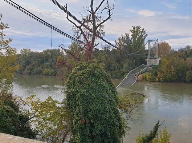 法国吊桥坍塌15岁未成年人遇难:卡车吨位超过限额