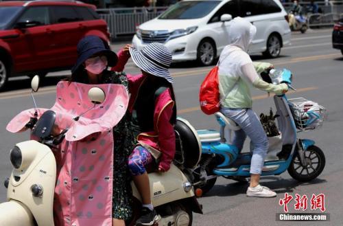 中东部高温降雨齐上阵 长江中下游多省份有暴雨