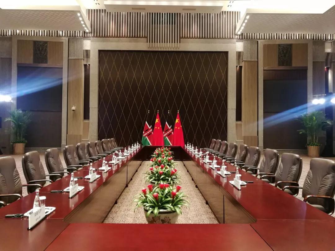 △这是习主席会见肯雅塔之前的会场(央视记者杨立峰拍摄)