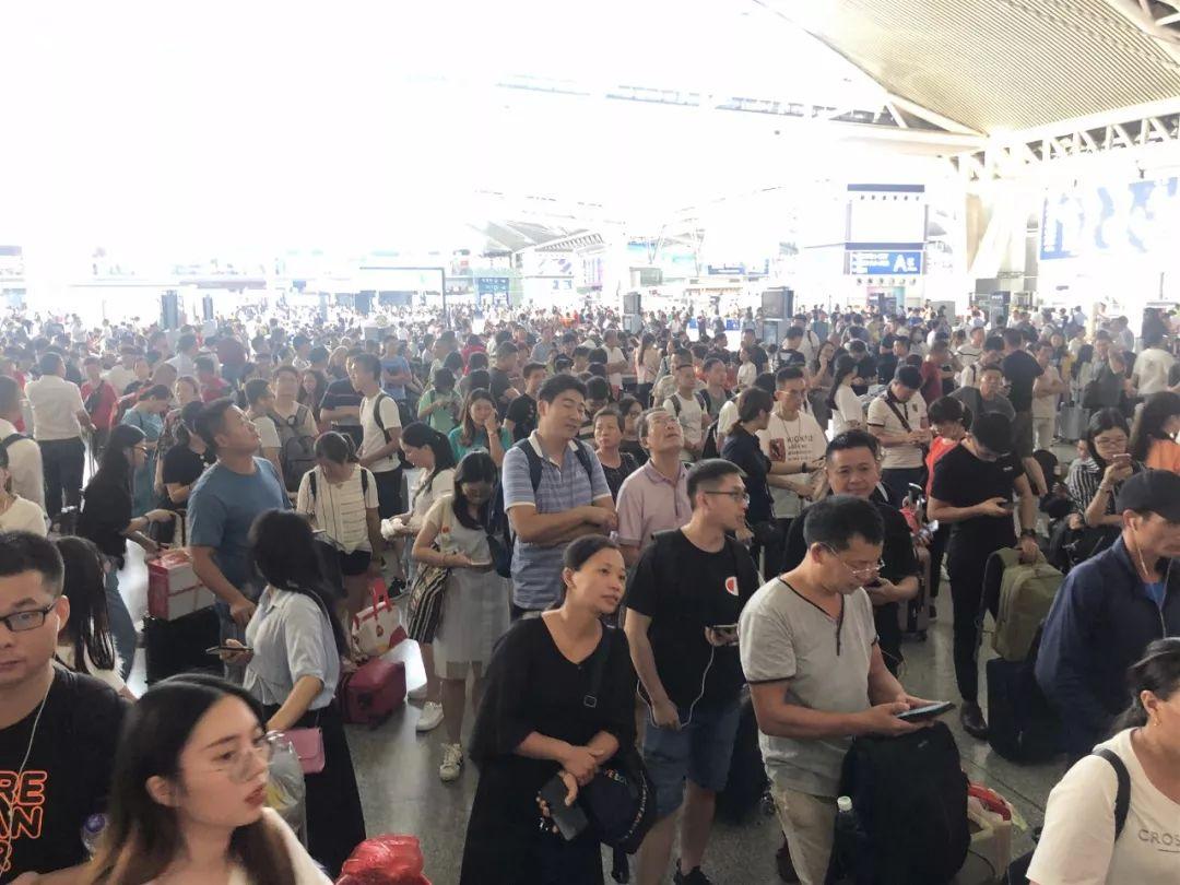最新!广州南站电网故障已消除,晚点列车正逐步恢复运行